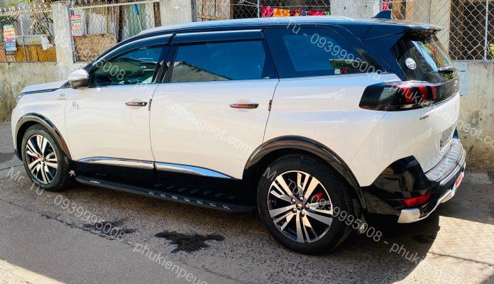 Ốp cản sau Peugeot 5008 All new 2020