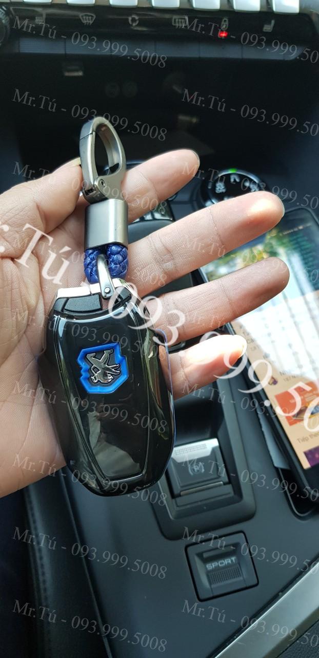 Ốp cacbon chìa khóa xe Peugeot