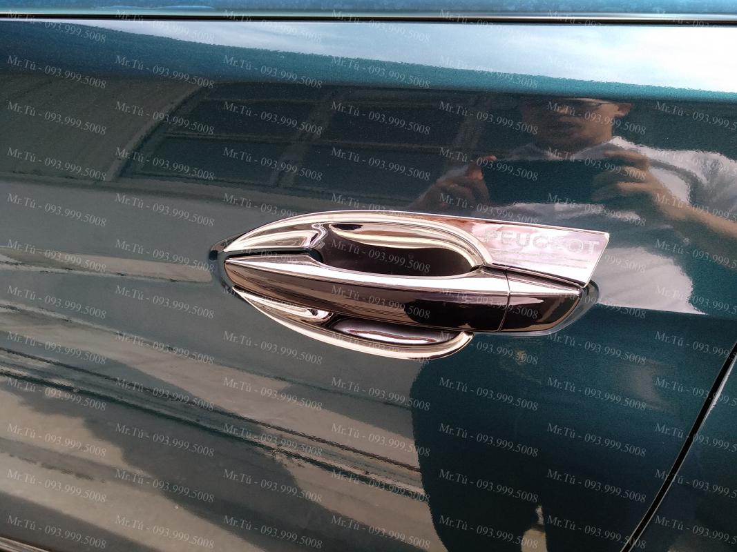 Ốp chống xước hõm xe Peugeot