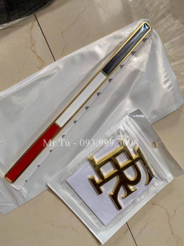 Tem cờ Pháp chữ FR