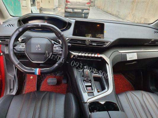 Peugeot 3008 đỏ